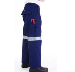 LIGHTWEIGHT COTTON CARGO PANTS WITH - Brand Expand